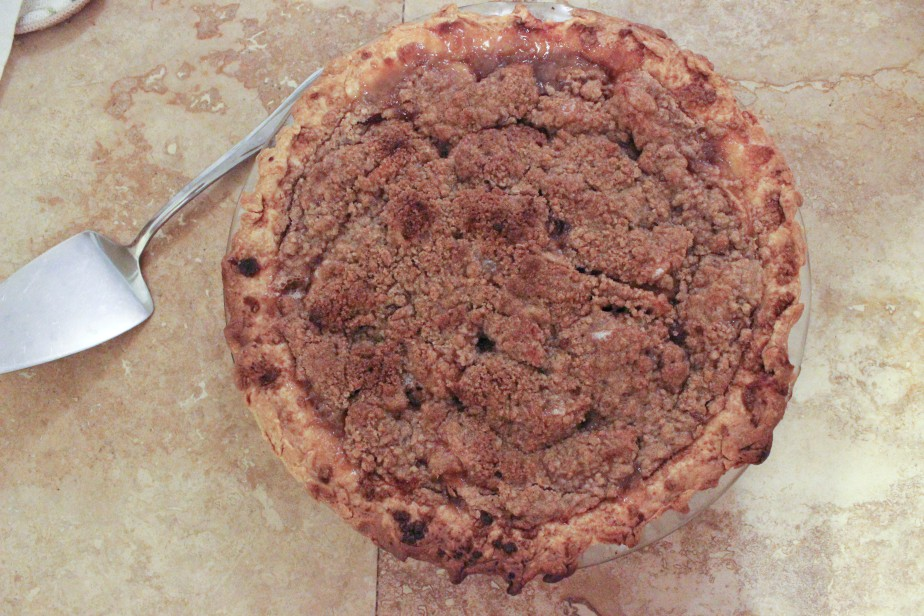 Mom's French apple pie