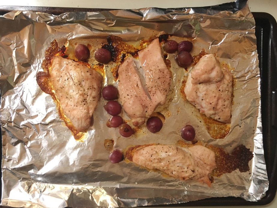 sheet pan roasted chicken and grapes
